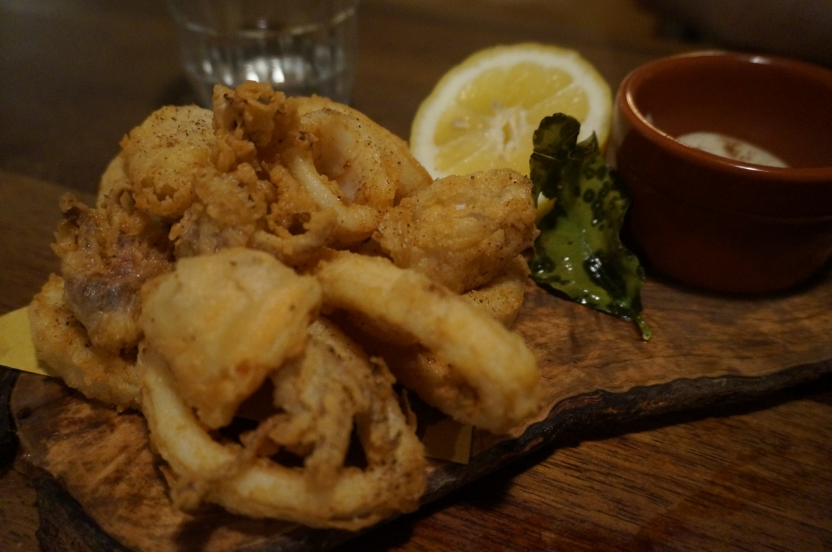 Deep fried squid with smoked alioli